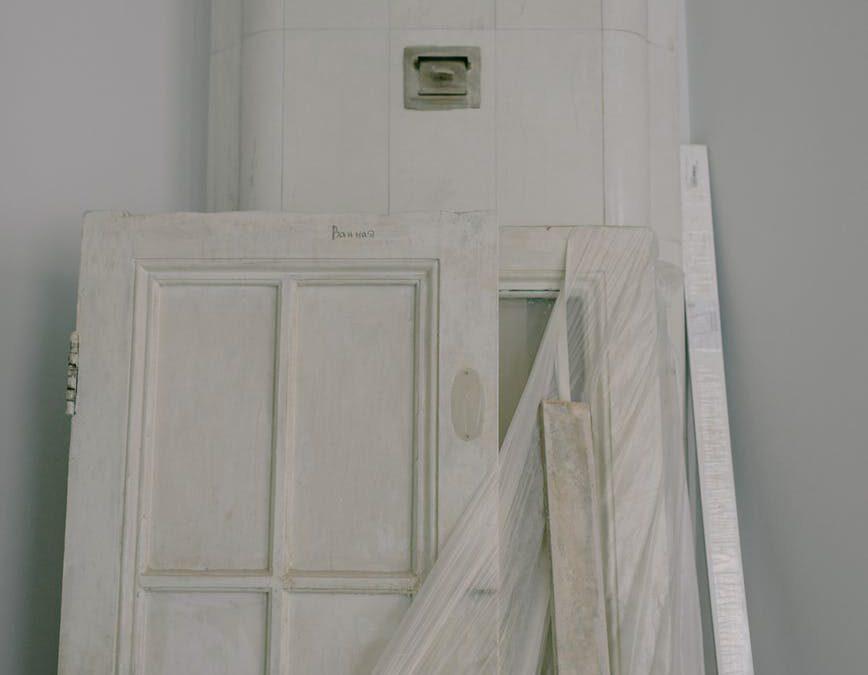 Op zoek naar een nieuwe deur? Denk ook aan een kunststof deur